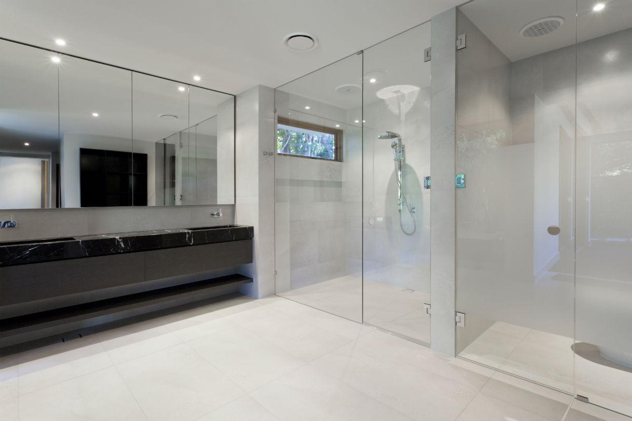 Inred med glas i kök och badrum - Wonderdeco.se
